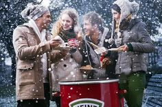 op de Heinz 57 Ga naar Organize a winter bbq with your friends. on the Heinz 57 Go to: Weber Bbq, Food Places, Hamburgers, Winter Fun, Ketchup, Hot Dogs, Barbecue, Barrel, New York