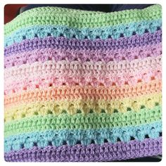 Loving this more with every row xx by woolly_wonkas_crochet_factory Crochet Afgans, Baby Afghan Crochet, Crochet Quilt, Crochet Hooks, Free Crochet, Baby Afghans, Attic 24 Crochet, Crochet Stitches Patterns, Knitting Patterns