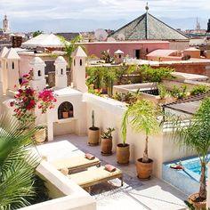 Riad Vert  #riad #riadvert #terrace #view #medina #sky #flowers #cactus #marrakech #morocco #lovemorocco #mydearmorocco ▫️▫️▫️▫️▫️▫️