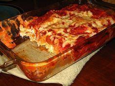 Easy Chicken Lasagna Recipe--This was super easy & so delicious! Easy Chicken Lasagna Recipe, Easy Pasta Recipes, Fall Recipes, Snack Recipes, Easy Meals, Yummy Recipes, Chicken Meals, Recipies, Dessert Recipes