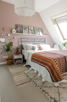 Cute Pastel Living Room Design Ideas That You Should Have 47 Light Pink Bedrooms, Light Pink Walls, Pink Bedroom Walls, Peach Bedroom, Pastel Bedroom, Pink Room, Bedroom Colors, Home Bedroom, Shabby Bedroom