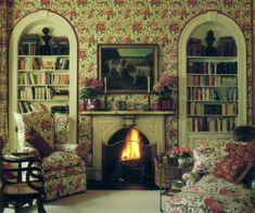 Photos of Mario Buatta's design from House and Garden's Best in Decoration, by The Editors of House and Garden, Conde Nast,  1987