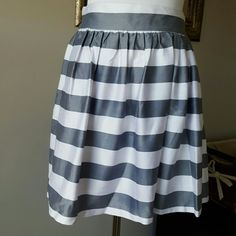 "Necessary objects skirt size S. Perfect condition. Lenght 18"". Waist 28"". Bundle and save  Necessary Objects Skirts Midi"