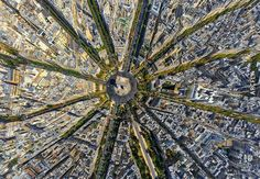 New perspective! It could confuse at first, but this is actually the Arc de Triomphe in Pa.New perspective! It could confuse at first, but this is actually the Arc de Triomphe in Paris, photographed entirely from above Drones, Photos Panoramiques, Panoramic Pictures, Beau Site, Foto Blog, Triomphe, Belle Villa, Paris City, Paris Paris