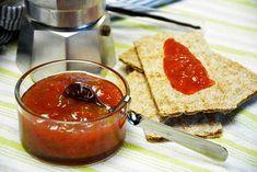Rabarbermarmelade - Lækker marmelade til sommeren Pudding, Desserts, Food, Marmalade, Syrup, Tailgate Desserts, Puddings, Dessert, Postres
