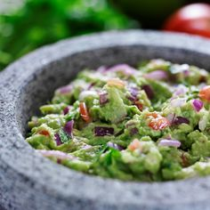Avocado Recipes: The Best Ideas From Guacamole To Ice Cream To Pizza - Essen - Pizza Rezepte Low Carb Dinner Recipes, Low Calorie Recipes, Fun Easy Recipes, Easy Meals, Avocado Pizza, Avocado Salat, Best Guacamole Recipe, Holy Guacamole, Avocado Recipes