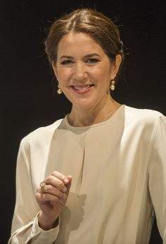 Crown Prince Frederik and Crown Princess Mary of Denmark attends the opening ceremony of the business delegation's programme with 450 Danish and German guests including company leaders and decision-makers at the Loewenbraukeller on May 21, 2015 in Munich, Germany. (Loewenbraukeller is traditional Bavarian venue in the heart of Munich. Löwenbräukeller offers a wide variety of possibilities and spaces for events for groups from 12 to 2,000 people)