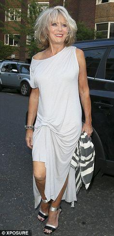 Sherrie Hewson British Actresses, Champion, Shirt Dress, Celebrities, Lady, Skirts, Dresses, Fashion, Vestidos