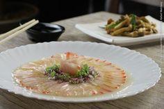 Kibo Sushi (jantar)    Tiradito + Shimeji na manteiga  Finas fatias de peixe branco acompanhado de cebolinha e cebola roxa regado com molho cítrico e azeite extra virgem e cogumelo shimeji puxado na manteiga com cebolinha