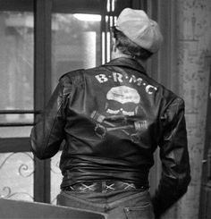 Le Wild One dans l'Equipée Sauvage : Brando, Le Black Rebel Motor Cycle Club, le paria, le rejeté, pistonheads touSSa