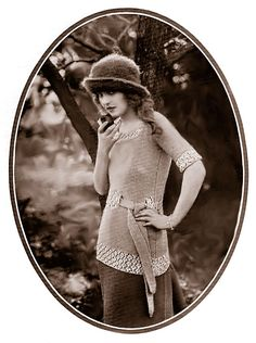 This is a free pattern! Somerville Sweater & Iris Hat   agoodyarn.net  (with many more amazing vintage sweater patterns)
