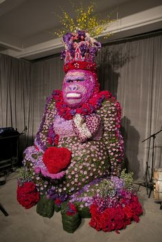 Preston Bailey's wedding took place on the 21st floor of the Empire State Building and appropriately enough, the couple chose a King Kong theme.  This giant ape made from thousands of flowers, petals, and leaves greeted the guests.  Photo credit:  Mel Barlow