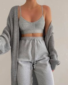 Cute Lazy Outfits, Sporty Outfits, Mode Outfits, Retro Outfits, Fashion Outfits, Modest Fashion, Tumblr Fall Outfits, Stylish Outfits, Girly Outfits