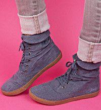 8e67bfec15d5 Blowfish Shoes -