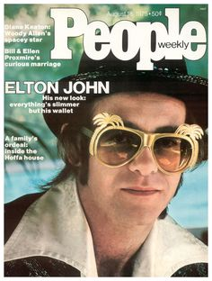 People Magazine Cover 1976 ~ Elton John ~ Music of the Crocodile Rock, Benny and the Jets, Lucy in the Sky with Diamonds. Still great music! Old Magazines, Vintage Magazines, People Magazine, Pop Punk, Elton John Sunglasses, Mtv, Benny And The Jets, The Two Ronnies, Crocodile Rock