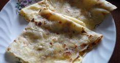Mennyei Laska(Krumpli lángos) recept! Nagymamám a sparhelt platniján készítette. Nagyon szerettük, mi már csak serpenyőben tudjuk elkészíteni, de az íze változatlan. Hungarian Recipes, Hungarian Food, Cake Cookies, Food And Drink, Cooking, Ethnic Recipes, Breads, Charlotte, Baking Center