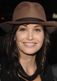 Gina Gershon - Born June 10, 1962 in Los Angeles - #tiger