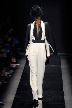 EMANUEL #UNGARO - Autunno-Inverno 2015-2016 - #fashion #moda #sfilate #catwalk #outfit #black&white