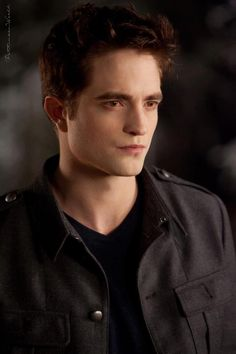 Find images and videos about twilight, robert pattinson and edward cullen on We Heart It - the app to get lost in what you love. Twilight Edward, Twilight Saga Series, Twilight Cast, Twilight Movie, Twilight Pics, Twilight Quotes, Robert Pattinson Twilight, Edward Cullen Robert Pattinson, Dead Weather
