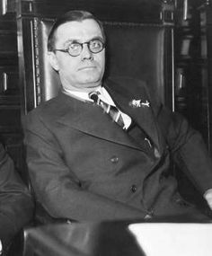 """Savannah wants segregationist governor's name off bridge...  Associated Press  By RUSS BYNUM, Associated Press 9 hrs ago  © The Associated Press FILE- This file photo from 1933 shows Georgia Gov. Eugene Talmadge in Atlanta. A populist Democrat who stoked fierce loyalty among rural whites in the 1930s and '40s, Gov. Talmadge unflinchingly defended segregation in…0 SAVANNAH, Ga. — Former Georgia Gov. Eugene Talmadge unflinchingly defended segregation in the 1930s and '40s, and infamously..."""""""