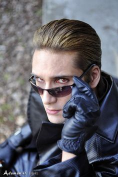Albert Wesker cosplay. AWESOME!!!!
