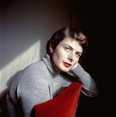 cg54kck: Ingrid Bergman, Italy, 1953, David Seymour (Chim). Polish (1911 - 1956)