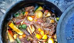 This delicious pot has a wide variety of vegetable flavours that makes it irresistible. Beef, Vegetables, Recipes, Food, Meat, Vegetable Recipes, Eten, Veggie Food, Recipies