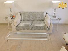 Acrylic furniture - Lucite Acrylic coffe table - TAVOLINI DA SALOTTO IN PLEXIGLASS | Tavolo trasparente in plexiglass 01A.mod.LV1   | Tavolino plexiglas cm.120 x 35 h.40 - telaio sp.mm.40 - gambe sez.mm.60 #lucite #design #homedecor #acrylic