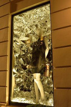 Winter Tales of Summer Bliss | Art, Fashion & Innovation exhibition in the 8 windows of Sofitel Paris Le Faubourg | Supported by ANDAM Fashion Award – Sofitel Paris Le Faubourg – Hans Boodt Mannequins – designerbox
