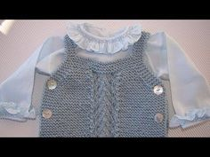 """Tricotar para bebé - """"Fofo Baleia"""" - video tutorial parte (baby overall tut. Free Baby Patterns, Baby Knitting Patterns, Knitting Designs, Knitting For Kids, Crochet For Kids, Crochet Baby, Baby Romper Pattern, Baby Overall, Knitted Baby Clothes"""