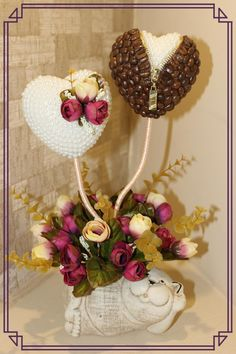 Автор Наталья Питенко. Candy Flowers, Balloon Flowers, Diy Flowers, Paper Flowers, Diy Diwali Decorations, Valentine Decorations, Art N Craft, Craft Work, Coffee Bean Art