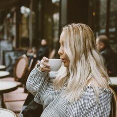 @elahblog #cafeespecial #helsinki #esplanade #lattemacchiato #fika #blogger #blogging #bloggerlife #kahvi #kahvila #syksy #gingham