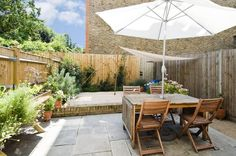 2+bedroom+Flat/Apartment+For+Sale+on+Clapham+Common+West+Side,+Clapham,+London,+SW4.+An+elegant+two-bedroom+garden+flat+with+views+over+Clapham+Common.