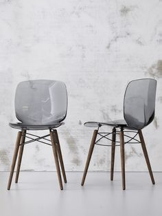 Plastic #chair LOTO W by @Bonaldo  @iSaloni 2013 #milandesignweek #mdw13 | #design Archirivolto