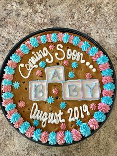 Cookie Cake Pregnancy Announcement – My Everything Baby Announcement Cake, Expecting Baby Announcements, Rainbow Baby Announcement, Pregnancy Announcement To Parents, Pregnancy Goals, Pregnant Cake, Surprise Pregnancy, New Baby Products, Desserts