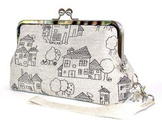 Home and Garden Linen Clutch with Wrist Strap in por FABbyCAB, $56.00