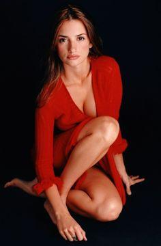 [Penélope Cruz] love the red sweater