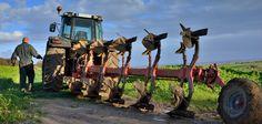Pług odpowiednio dopasowany do gospodarstwa i ciągnika?  #pług #ciągnik #gospodarstwo #jaki #wiadomosci #portalrolniczy #dotacje