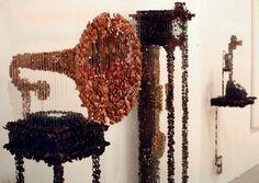 Пуговицы в инсталляциях Augusto Esquivel