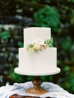 Elegant Square Wedding Cake