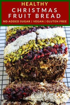 The perfect Christmas or holiday dessert is just a few minutes away! This banana fruit bread can be topped with your favorite mix of nuts a. Quick Healthy Desserts, Healthy Tips, Vegan Desserts, Eating Healthy, Healthy Snacks, Strawberry Oatmeal Bars, Blueberry Crumble Bars, Banana Fruit, Banana Dessert