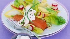 Lachs-Salat mit Meerrettichschaum