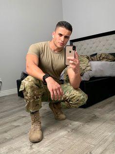 Hot Army Men, Sexy Military Men, Army Guys, Hot Country Men, Hot Men Bodies, Hot Guys Tattoos, Hunks Men, Beautiful Men Faces, Men In Uniform