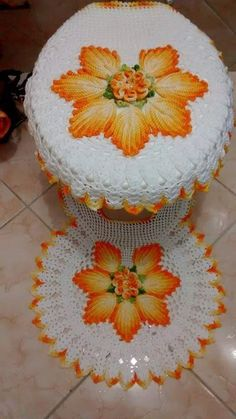 Crochet Doily Rug, Crochet Bedspread, Crochet Home, Filet Crochet, Irish Crochet, Crochet Flowers, Knit Crochet, Crochet Stitches Patterns, Doily Patterns