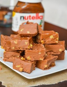 Microwave Nutella Fudge - Layers of Happiness. Basically Nutella and buttercream frosting. Fudge Flavors, Fudge Recipes, Candy Recipes, Sweet Recipes, Dessert Recipes, Desserts, Snacks Recipes, Quick Recipes, Quick Dessert