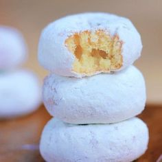 Healthy Mini Powdered Snowball Donuts- You'll be surprised to know that each mini donut is only 36 calories and contain no scary ingredients like some, ahem, store-bought versions you probably had as a kid.