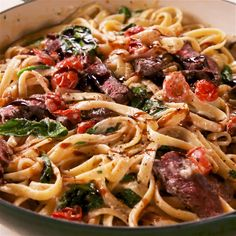 Creamy Steak Fettuccine Steak dinner date for two special people Beef Recipes, Italian Recipes, Cooking Recipes, Healthy Recipes, Healthy Tasty Food, Potato Recipes, Recipes With Steak, Recipes With Sausage, Pasta Recipes Video