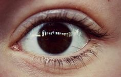 Eye Eyes, Pictures