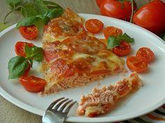 Pstrąg łososiowy pieczony z pomidorami i mozarellą