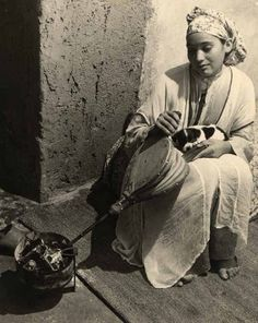 vintage everyday: Women Portraits of North Africa